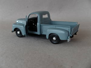 Ford Pickup/-48