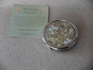 Spegel/William Morris   Golden Lily