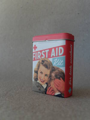 Plåster/Retro/First Aid